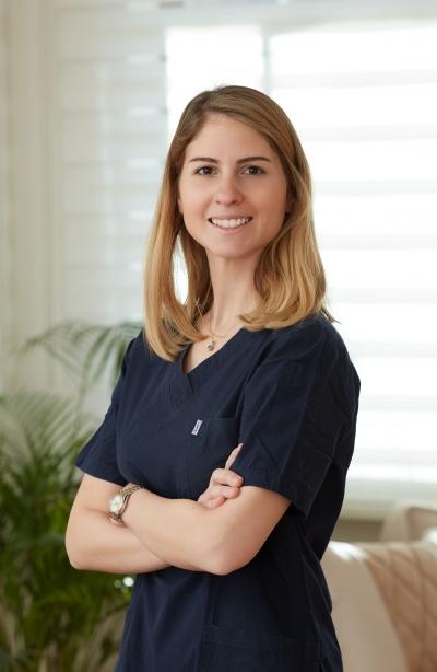 Uzm. Embriyolog İrem Yaralı Özbek Kimdir?